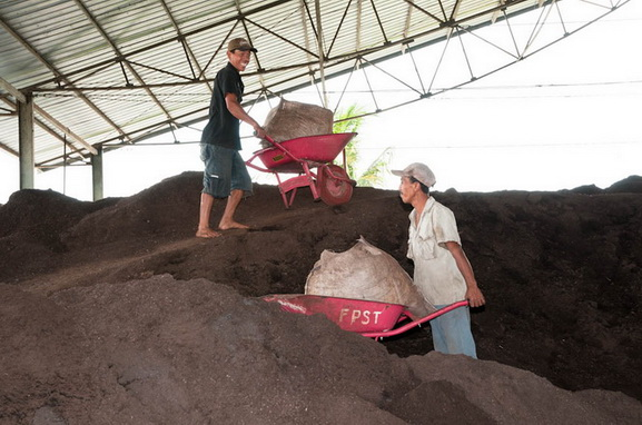 16 Tons of Compost per day